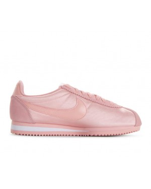 749864-606 Nike Donne Classic Cortez Nylon - Coral Stardust/Coral Stardust/Bianche