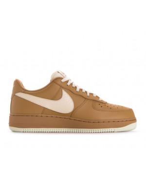 823511-703 Nike Air Force 1 '07 Lv8 - Oro/Light Cream
