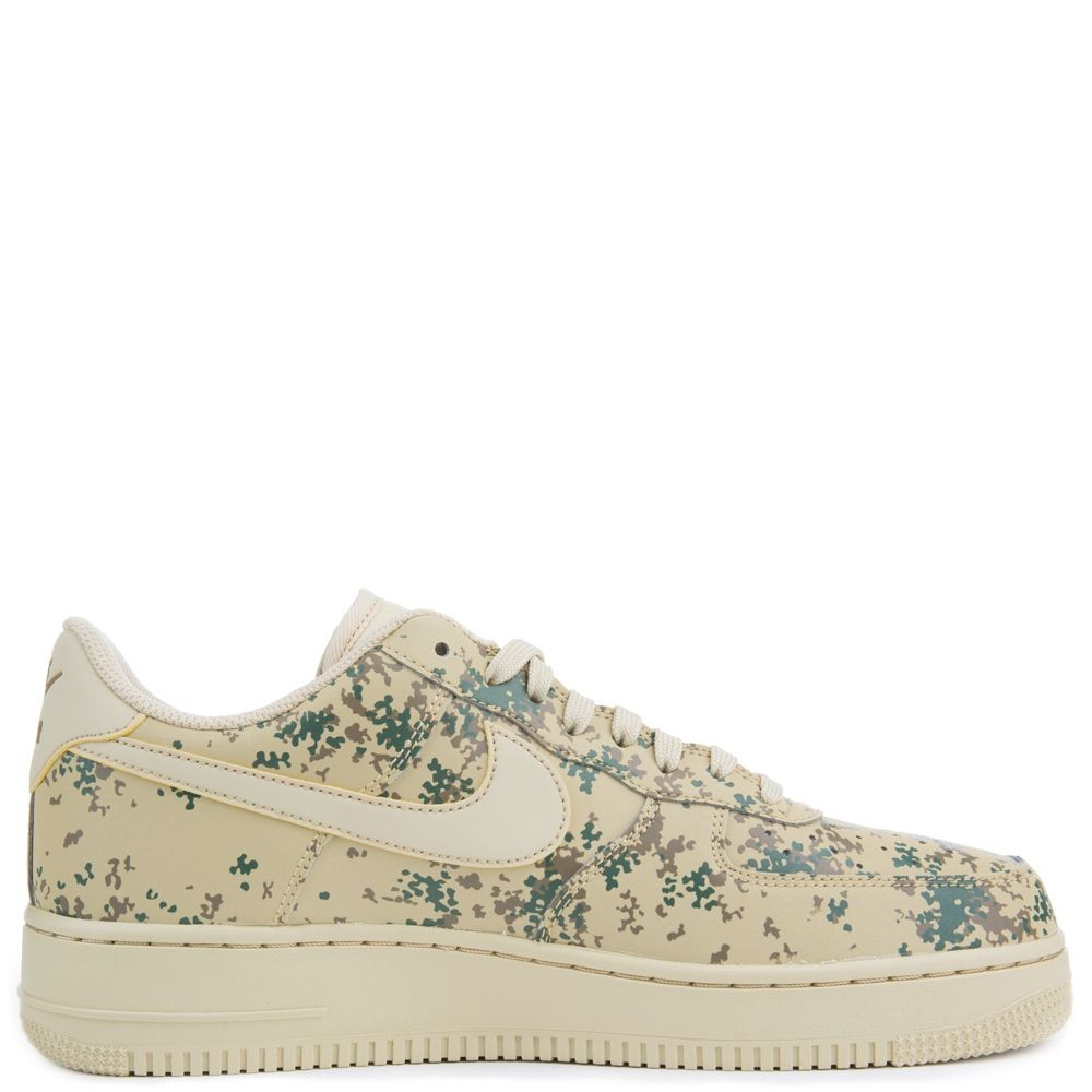 823511-700 Nike Air Force 1 07' LV8 - Oro/Oro-Golden Beige