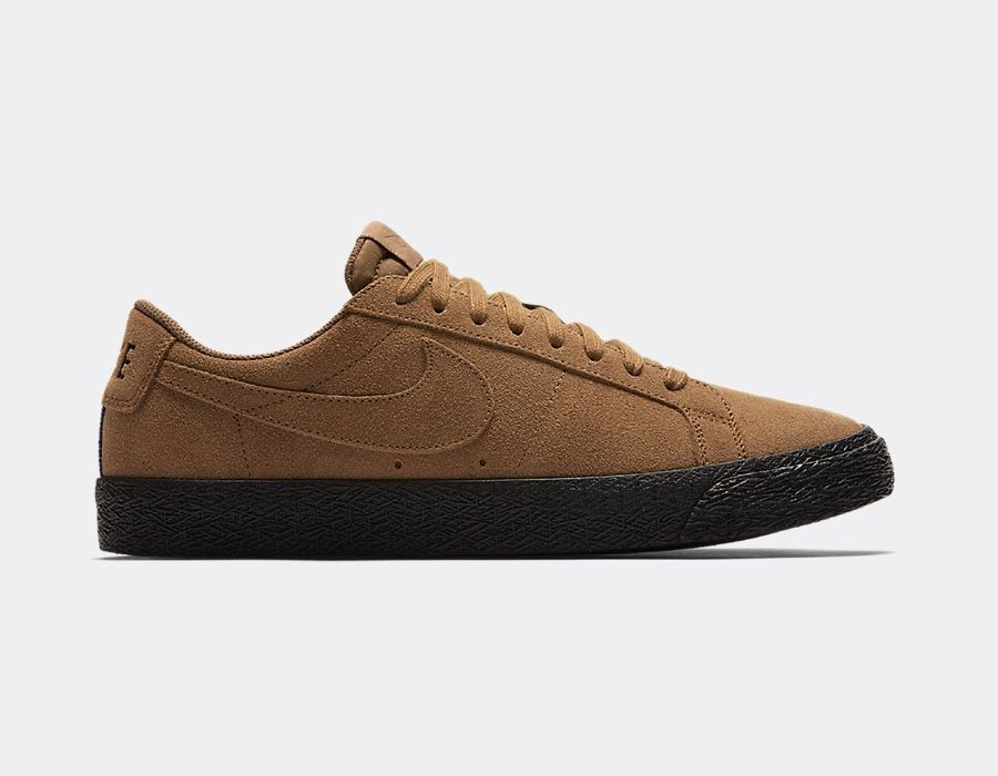 864347-200 Nike SB Zoom Blazer Low - Light British Tan/Nere