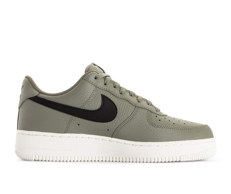 AA4083-007 Nike Air Force 1 '07 Scarpe - Verdi/Nere