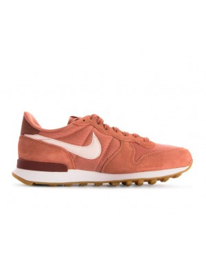 828407-210 Nike Donne Internationalist Scarpe - Terra Blush/Guava Ice-Bianche