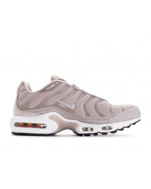 848891-200 Nike Donne Air Max Plus Premium - Moon Particle/Moon Particle/Bianche